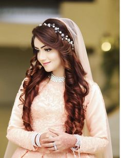 Gorgeous Wedding Hairstyles for Long Hair Open Hairstyles, Wedding Hairstyles For Long Hair, Bride Hairstyles, Pakistani Bridal Hairstyles, Indian Hairstyles, Pakistani Hair Style, Bridal Hair Buns, Bridal Hairdo, Engagement Hairstyles