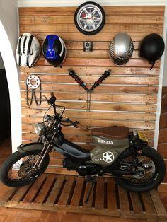 Custom Honda cub Moped Bike, Trike Bicycle, Honda Bikes, Honda Motorcycles, Custom Motorcycles, Custom Bikes, Cafe Racer Honda, Cafe Racer Bikes, Cafe Racer Motorcycle