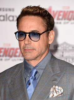 ~~Robert Downey Jr. Photos - Premiere Of Marvel's 'Avengers: Age Of Ultron' - Arrivals - Zimbio~~