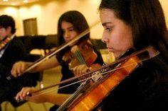 La Orquesta Sinfónica Nacional Juvenil, con la dirección de los maestros Pablo Sabat Mindreau y César Vega Zavala, inicia el 17 de mayo, su segundo ciclo de conciertos en el auditorio Los Incas del Museo de la Nación (Perú).