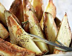 Lohkoperunat Herbal Remedies, Veggie Recipes, Potato Salad, Tapas, Herbalism, Recipies, Food And Drink, Potatoes, Fish