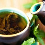 Six Health Benefits of Yerba Mate Tea / Nutrition / Healthy Eating Coconut Benefits, Green Tea Benefits, Healthy Drinks, Get Healthy, Healthy Eating, Healthy Food, Stevia, Green Tea For Hair, Yerba Mate Tea