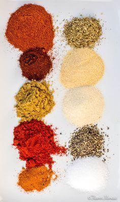 This homemade Fajita Seasoning Recipe is healthy and easy, delicious and perfect. - Food This homemade Fajita Seasoning Recipe is healthy and easy, delicious and perfect. - Food - T Enchilada Seasoning Recipe, Homemade Fajita Seasoning, Seasoning Mixes, Beef Fajita Marinade, Fajita Spices, Steak Fajitas, Homemade Spice Blends, Homemade Spices, Homemade Seasonings