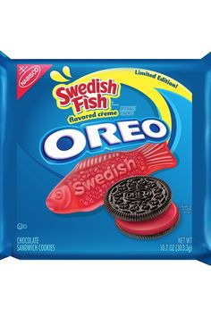 The newest flavor Nabisco is adding to the Oreo cookie flavor collection is SWEDISH FISH! And there are very mixed emotions about it: Swedish Fish Oreo cookies are here. The filling is red and tastes like Swedish Fish. Weird Oreo Flavors, Cookie Flavors, Fish Cookies, Oreo Cookies, Swedish Fish Flavor, Oreos, Starbucks, Chocolate Wafers, Chocolate Pancakes