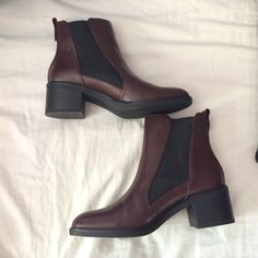 Zara Chelsea boots Never worn! USA size is 6 1/2 Zara Shoes