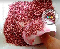 Adornos De Navidad Hechos Con Huevo - Tozapping.com Sprinkles, Candy, Glue Sticks, Glue Guns, Egg Cartons, Candy Bars, Sweets