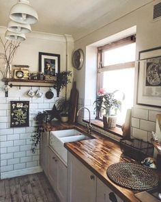 More ideas: DIY Rustic Kitchen Decor Accessories Marble Kitchen Accessories Ideas Farmhouse Kitchen Storage Accessories Modern Kitchen Photography Accessories Cute Copper Kitchen Gadgets Accessories Rustic Kitchen, New Kitchen, Copper Kitchen, Kitchen Ideas, Kitchen Industrial, Kitchen Modern, Vintage Kitchen, Bohemian Kitchen, Life Kitchen