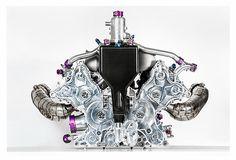独ポルシェ、2016年WEC参戦車両の4気筒ターボエンジンを初公開 - Car Watch