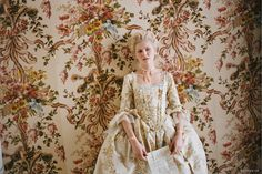 Marie Antoinette - lighting and set