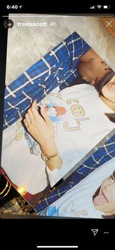 Kylie Travis, Travis Scott, Celebrity Couples, Kylie Jenner, Instagram Story, Selfies, Iphone Wallpaper, Cute, Flower