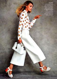 Vogue US Outubro 2014   Sasha Pivovarova por Patrick Demarchelier [Editorial]