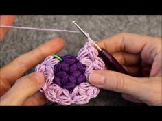 Triangle Star Stitch - How to do Rounds - DIY Crochet - Puffed Star Stitch https://www.youtube.com/watch?v=oCVxheQtkQQ
