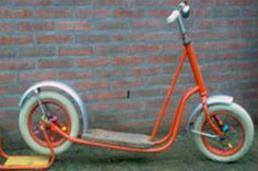 Autoped (step), ik had er net zo één Retro Toys, Vintage Toys, Childhood Toys, My Childhood Memories, German Toys, Good Old Times, Family Roots, When I Grow Up, Sweet Memories