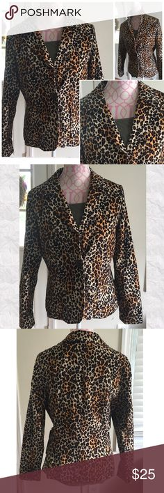 LARRY LEVINE JACKET Larry Levine Stretch  leopard print jacket. One button closure. Front pockets. Split back hem. Red inside lining. Goes great with a pair of jeans & boots or can be dressed up. Like new condition.  Size 10. 97% cotton/3% spandex. Accepting reasonable offers Larry Levine Jackets & Coats Blazers