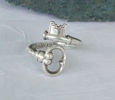 I would love a ring like this