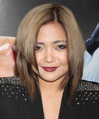 Charice Medium Straight Light Brunette and Dark Brunette Two-Tone Hairstyle New Hair Do, Your Hair, Hair Styles 2014, Curly Hair Styles, Easy Hairstyles, Straight Hairstyles, Light Brunette, Moisturize Hair, Blow Dry