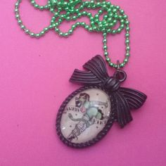 Collana con cammeo pin up zombie rockabilly horror