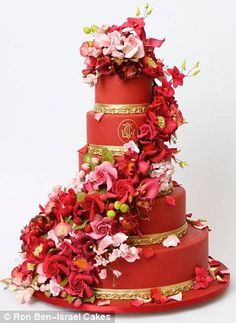 Celebrity chef and trendsetting cake designer Ron Ben-Israel offers a unique approach to your wedding cakes, celebration cakes, and a personalized cake experience. Located in New York, yet globally known. Huge Wedding Cakes, Wedding Cake Red, Amazing Wedding Cakes, Amazing Cakes, Floral Wedding, Burgundy Wedding, Crazy Cakes, Fancy Cakes, Gorgeous Cakes