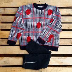 Maglione con rose 35 euro, pantaloni a vita alta elasticizzati 35 euro! #woodstockzambon   #vintage