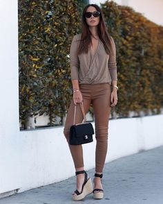 """ecstasymodels: """" Tanned Leather Pants by , Heels by Paloma Barceló Fashion look by Johanna Olsson """" Fashion Pants, Fashion Outfits, Casual Outfits, Cute Outfits, Popular Outfits, Look Chic, Casual Chic, Passion For Fashion, Spring Outfits"""