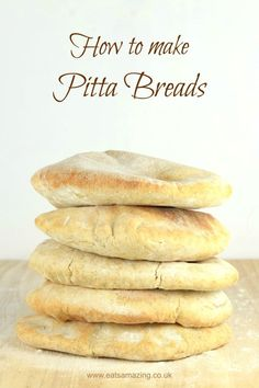 Easy Pitta Bread Recipe - how to make your own pitta breads - healthy recipe with spelt flour for lunchboxes picnics and family meals #bread #recipe #pitta #easyrecipe #cookingwithkids #kidsfood #lunchideas #lunchtime #lunch #homemade #spelt #picnic
