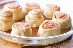 Easy Cinnamon Rolls — This is the BEST cinnamon roll recipe. So easy because they're made with crescent rolls! Plus this homemade cinnamon roll icing is to die for! Best Cinnamon Roll Recipe, Cinnamon Roll Icing, Best Cinnamon Rolls, My Favorite Food, Favorite Recipes, Fruit Pancakes, Crescent Rolls, Crescent Dough, Rolls Recipe