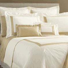 This is a great look for any style.  In a crisp cool percale- Sferra ORLO