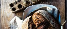 Pan con peras al vino deshidratadas y avellanas - Bake-Street.com