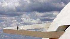 O Museu Nacional da República em Brasília é mais uma obra de Oscar Niemeyer