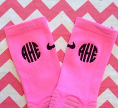 This is what dreams are made of: Monogrammed Nike Hyper Elite Socks by Bouffants on Etsy. Cheap Athletic Wear, Cute Athletic Outfits, Cute Outfits, Basketball Shorts Girls, Basketball Socks, Basketball Games, Basketball Scoreboard, Nike Elite Socks, Nike Socks
