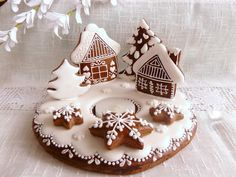 ❄☃❄ ❄☃❄ ❄☃❄ ❄☃❄ ❄☃❄ Gingerbread Decorated Cookie ~ Christmas Candle Holder with Gretel created by Drakota in Prague CR Cool Gingerbread Houses, Gingerbread Village, Christmas Gingerbread House, Gingerbread Cookies, Christmas Biscuits, Best Christmas Cookies, Christmas Treats, Christmas Baking, Christmas Candle