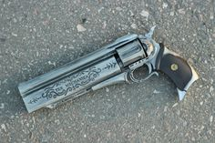 Laconic Exotic/Weapon ornament hand cannon - Destiny 2 Forsaken by TempleOfProduction on Etsy Hidden Weapons, Sci Fi Weapons, Weapon Concept Art, Fantasy Weapons, Weapons Guns, Guns And Ammo, Destiny Hand Cannon, Destiny Game, Armas Airsoft
