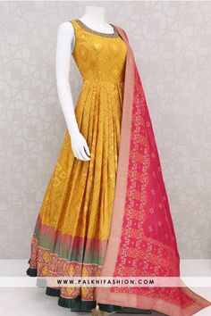 Trendy light Mustard Handwork Indian Outfit With Ikkat Design - Designer Dresses Couture Indian Dresses Online, Indian Gowns Dresses, Indian Fashion Dresses, Dress Indian Style, Indian Outfits, Gowns Online, Indian Skirt, Flapper Dresses, Long Gown Dress