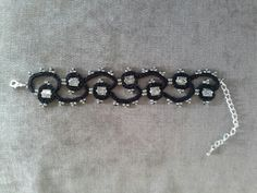 Tatted bracelet with tibetan silver beads
