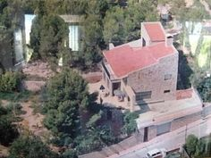 Check at the big size of Stella from one of our houses at Sitges Hills. It's crazy the size of the garden!