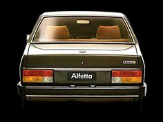 Alfa Romeo, Vintage Racing, Vintage Cars, Dream Cars, Car Ford, Italian Style, Old Cars, Fiat, Industrial Design