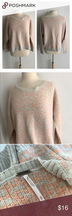 """Free People animal print sweater Free People animal print pullover. Size M. Measures 24"""" long with a 50"""" bust. VERY Oversized fit. This has some light pilling throughout and the price reflects overall condition  🚫NO TRADES 💲Reasonable offers accepted 💰Ask about bundle discounts Free People Sweaters Crew & Scoop Necks"""