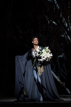 Carlos Acosta as Albrecht on Giselle's grave
