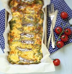 Munakas on puolessa tunnissa valmis! Vegetable Pizza, Quiche, Food To Make, Favorite Recipes, Meals, Dinner, Vegetables, Breakfast, Dining