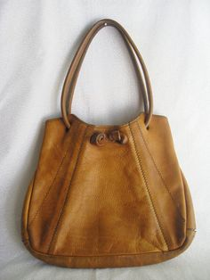 Boho leather bag/vintage caramel color leather I like the handles