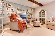 yZiGN  living room Interior design