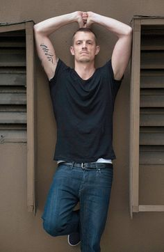 Joel Kinnaman Jumps From 'The Killing' to 'RoboCop' - NYTimes.com