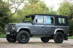 Land Rover Defender 110 300Tdi Full Soft top canvas customized Twisted ICON.