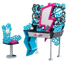 Frankie Stein's Vanity Playset by Mattel, 2012 (I bought this set at Walmart for $22.)