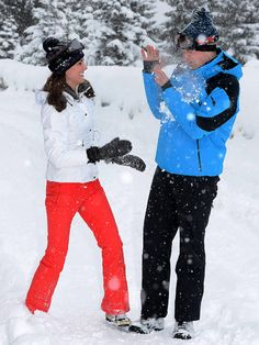 See Adorable New Pictures of Prince George and Princess Charlotte on Skiing Break with Kate and William!