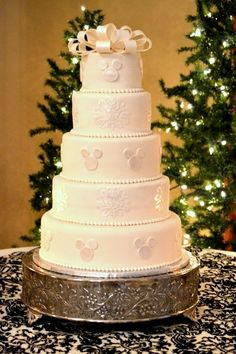 Mickey wedding cake