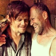 The Walking Dead . Norman Reedus and Michael Rooker as the Dixon Brothers Daryl and Merle Michael Rooker, Daryl Dixon, Norman Reedus, Carl Grimes, Andrew Lincoln, Dean Ambrose, Best Tv Shows, Favorite Tv Shows, Favorite Things