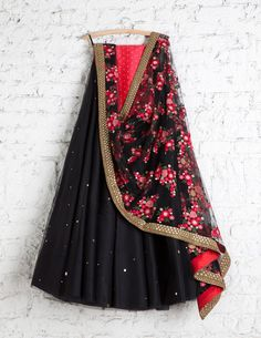 SwatiManish Lehengas SMF LEH 182 17 Black badla lehenga with floral threadwork dupatta coral sequin blouse ~blouse could be black Lehnga Dress, Lengha Choli, Anarkali, Manish, Sabyasachi, Black Lehenga, Indian Lehenga, Indian Wedding Outfits, Indian Outfits