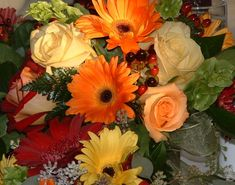 Fall Flower Arrangements   Use this background in your Picaboo Photo Book ( ? )