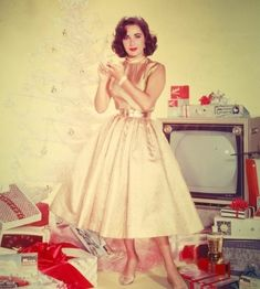 Christmas with Elizabeth Taylor, 1950s.